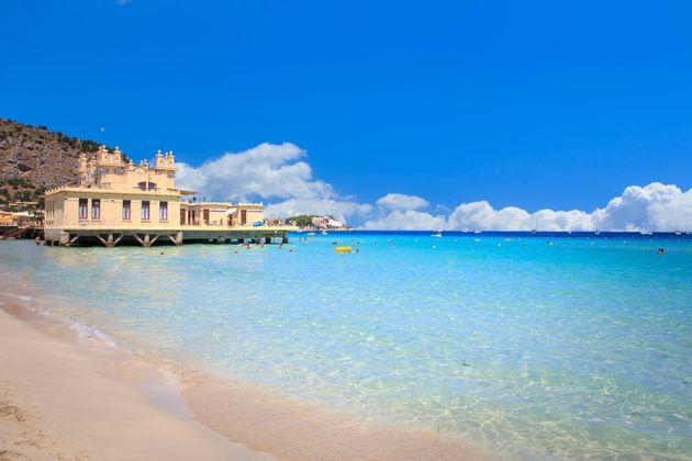 In Sicilia più contagi che in Lombardia. Preoccupano i casi importati da Malta