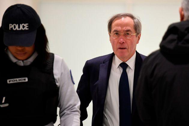 L'ancien ministre de l'Intérieur Claude Guéant arrivant à son procès à...