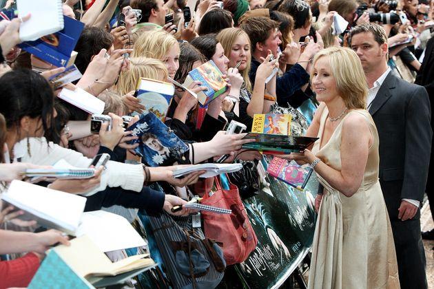 """J.K. Rowling na estreia de """"Harry Potter e a Ordem da Fênix"""", em"""
