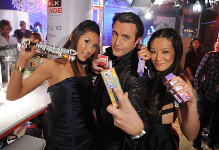 Ben Mulroney and Elaine Lui, right, with fellow eTalk host Tanya Kim at the 2008 Juno Awards in Calgary on April 6, 2008.