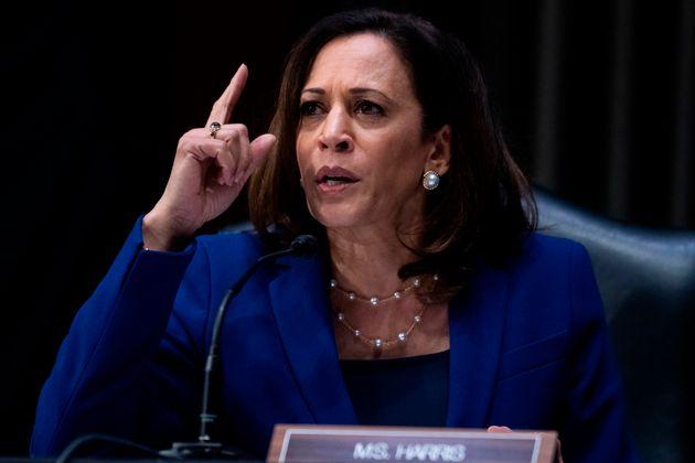카말라 해리스 상원의원(캘리포니아)은 검사 출신으로 2016년 상원의원에 당선되면서 정치에