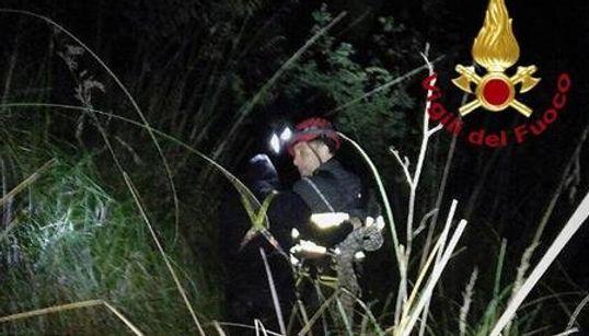 STRAGE SULLA STRADA - Cinque morti in un drammatico incidente nel