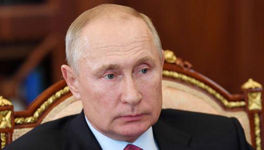 """POCA SCIENZA - Nature: """"Registrazione vaccino russo? Avventata, sconsiderata, basata su pochi"""