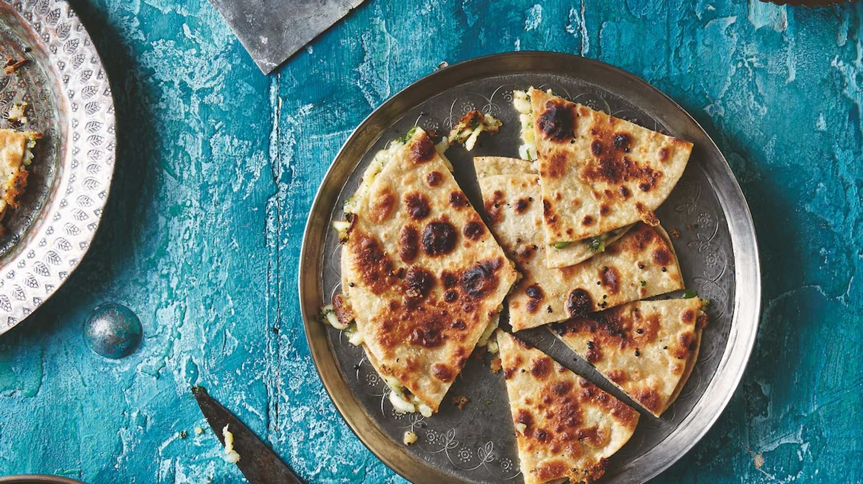Drool Over This Comforting Cheese And Potato Chapatti Sandwich Recipe