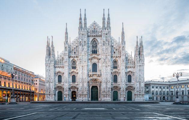 Duomo di Milano, disarmato e arrestato uomo che aveva preso in ostaggio guardia giurata