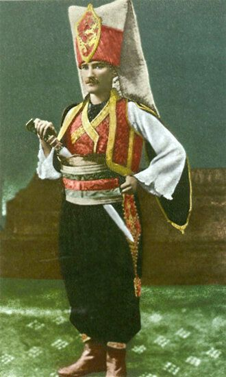 1914 Ο Μουσταφά Κεμάλ ντυμένος