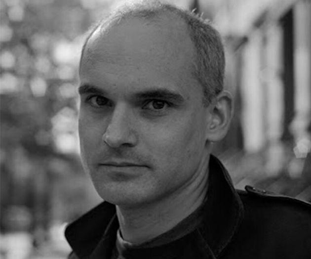 El escritor argentino Hernán díaz, autor de la novela 'a lo lejos'