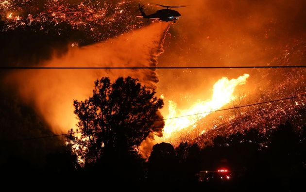 Μεγάλη φωτιά στην Καλιφόρνια - Εκκενώνονται