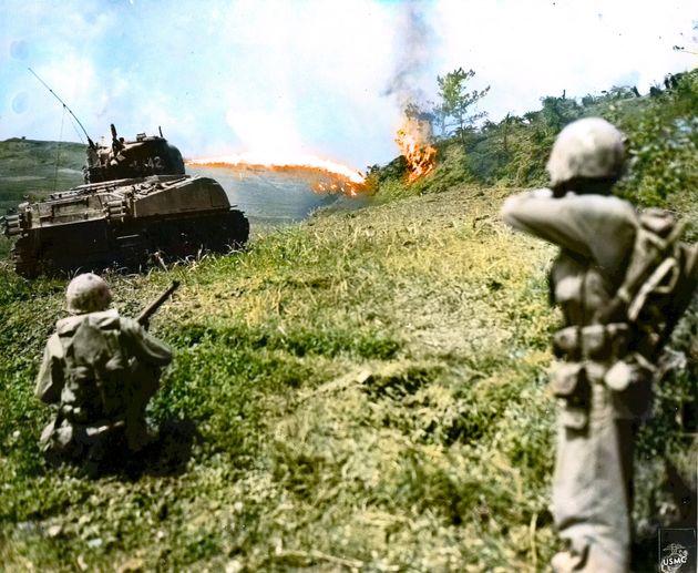 終戦から75年。戦争は「過去」ではない。人工知能でカラー化された写真は訴える(画像集)