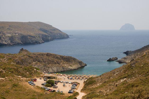 Η παραλία Χαλκός στα