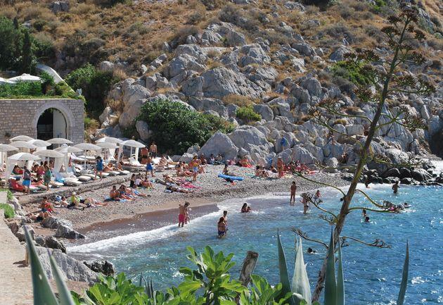 Παραλία της Υδρας (Photo...
