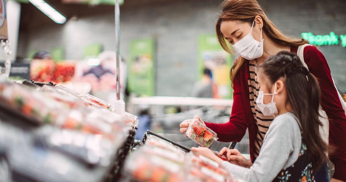 OMS minimiza risco de transmissão de coronavírus pela cadeia alimentar