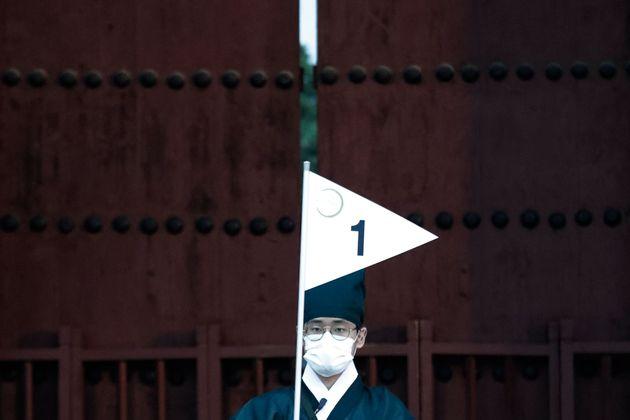 코로나19 신규 확진자 103명, 국내 발생 85명 : 3월말 이후 최다 기록하다 (14일 0시