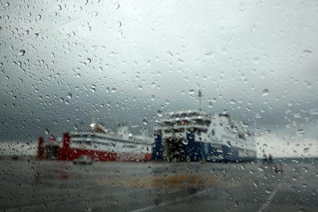 Έκτακτο δελτίο επιδείνωσης καιρού: Δεκαπενταύγουστος με βροχές και