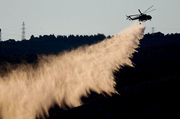Μεγάλη πυρκαγιά στη Νάξο - Εκκενώθηκε το χωριό