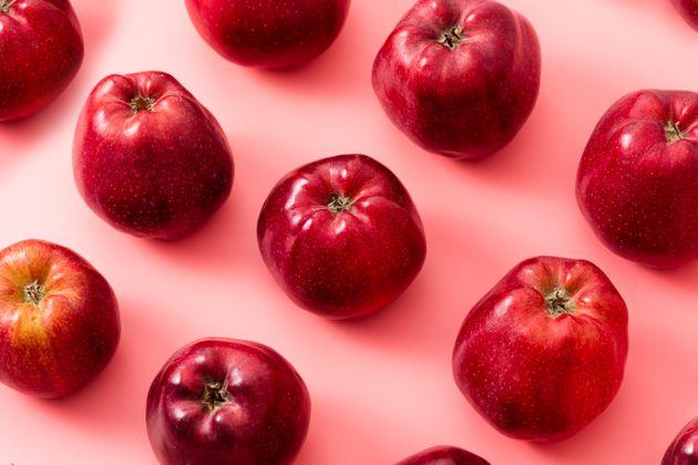 Apple Farmers Face Crunch Time, As Coronavirus Bites Hard