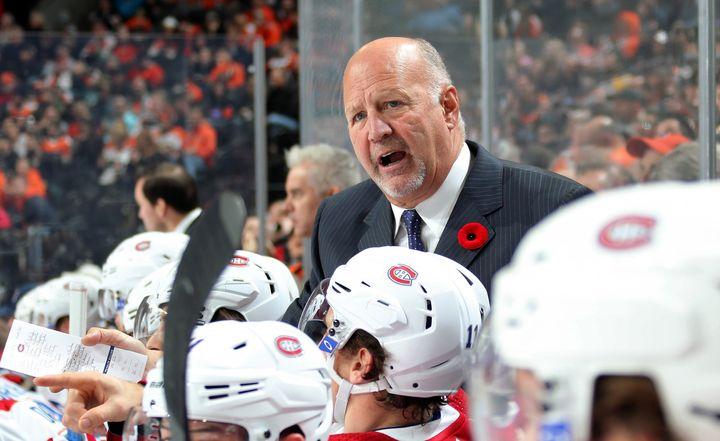 Claude Julien a été victime d'un malaise à la poitrine quelques heures après le premier match de la série Canadiens-Flyers.