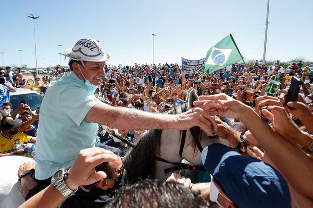 Bolsonaro durante passagem por São Raimundo Nonato, no Piauí, em 30 de julho. Sua aprovação...