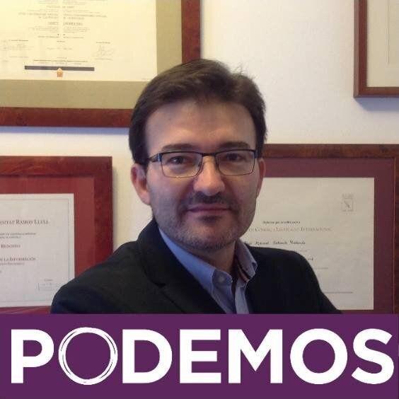 José Manuel Calvente, exabogado de Podemos, en una foto de perfil de Facebook en 2014, el año que ingresó...