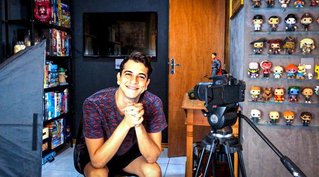 Dono de um canal no YouTube com quase 1 milhão de inscritos,Victor Lamoglia passa a integrar...