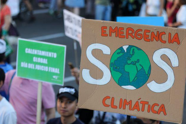 Imagen de archivo de una movilización de jóvenes para pedir medidas contra la crisis climática,...