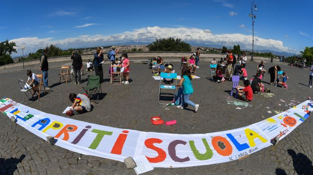 Scuole, Guerra (Cts):