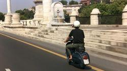 A Ferragosto Nanni Moretti ha rifatto il giro in Vespa, come in