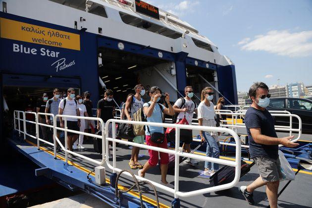 Σε απομόνωση τρεις ταξιδιώτες από Πάτμο λόγω κορονοϊού - Ενημερώθηκε ο