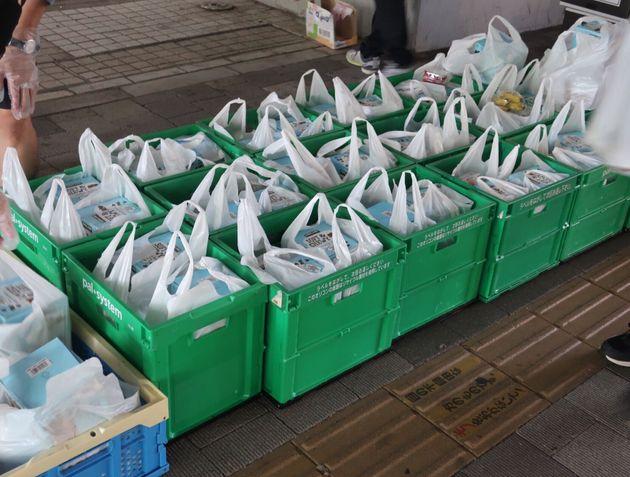 生活困窮者に配布する食料