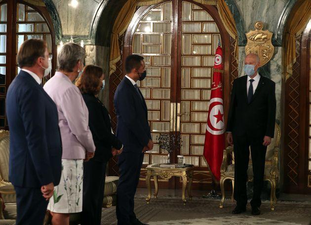 Italia dà 10 milioni alla Tunisia per arginare gli