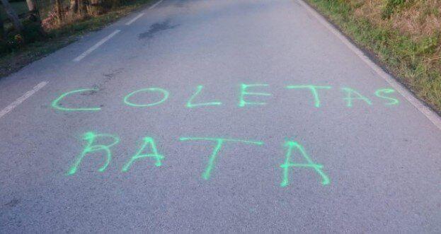 Pintada en Asturias contra Iglesias y