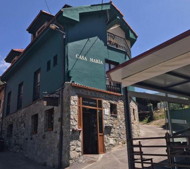 Fachada del restaurante 'Casa María' en Felgueras