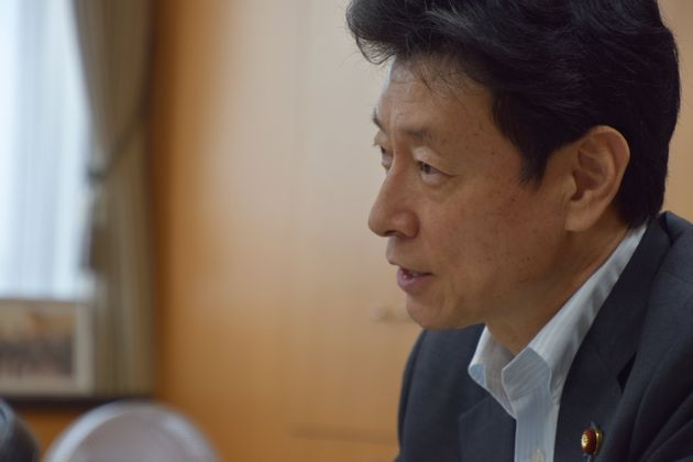 西村康稔・内閣府特命担当大臣(経済財政政策)
