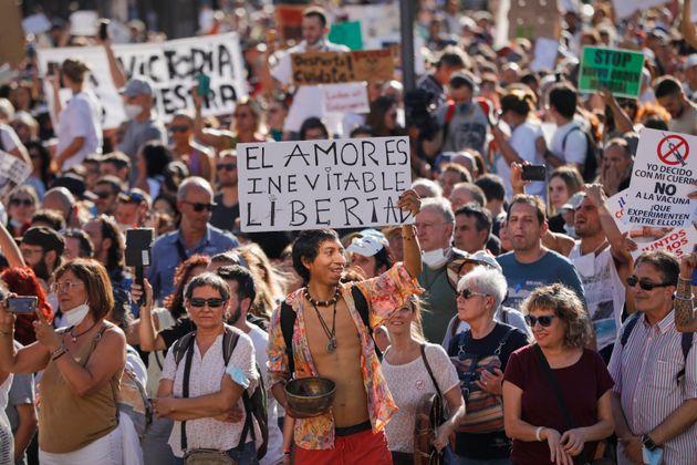 Participantes en la manifestación antimascarillas del sábado 16 de agosto de 2020 en