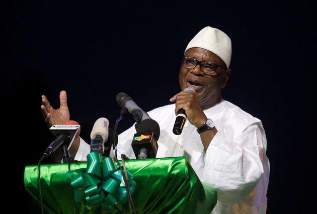 Le président malien Ibrahim Boubacar Keïta est très vivement contesté dans...