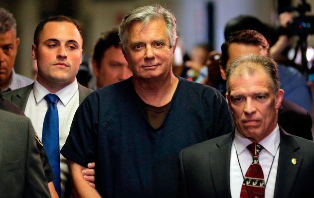 Paul Manafort, ici en juin 2019 dans un tribunal de New York, a partagé des informations confidentielles...