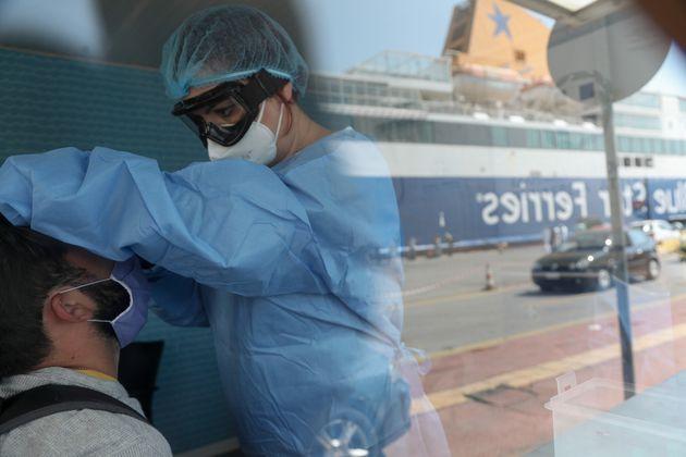 Δειγματοληπτικοί έλεγχοι σε ταξιδιώτες που επιστρέφουν στην Αττική από εξειδεικευμένο κλιμάκιο Ειδικών...