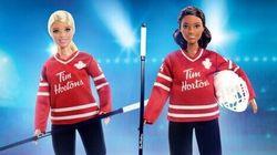 Tim Hortons repousse le lancement de sa Barbie joueuse de hockey pour offrir une Barbie