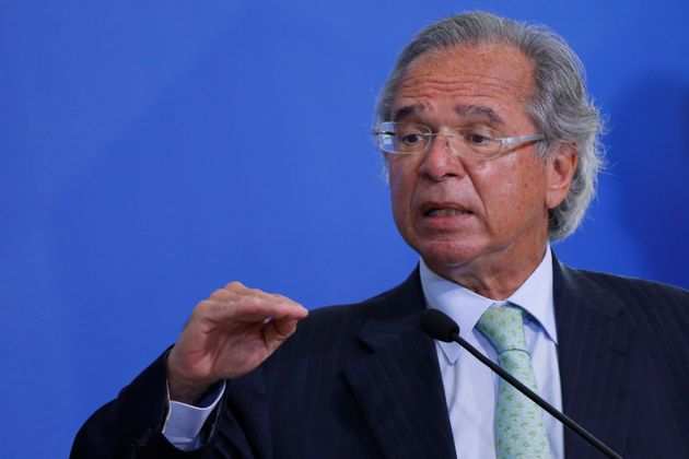 """Para o ministro da Economia, Paulo Guedes, o Senado cometeu """"um crime para o País""""..."""