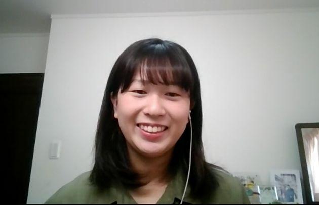Zoomでの取材に応じる堀ノ内杏彩さん