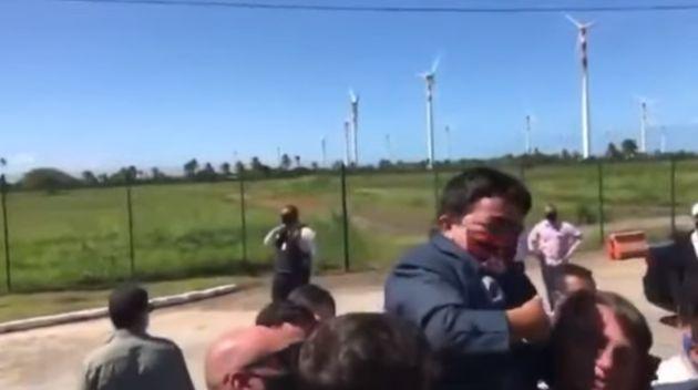 Bolsonaro saltándose la distancia de