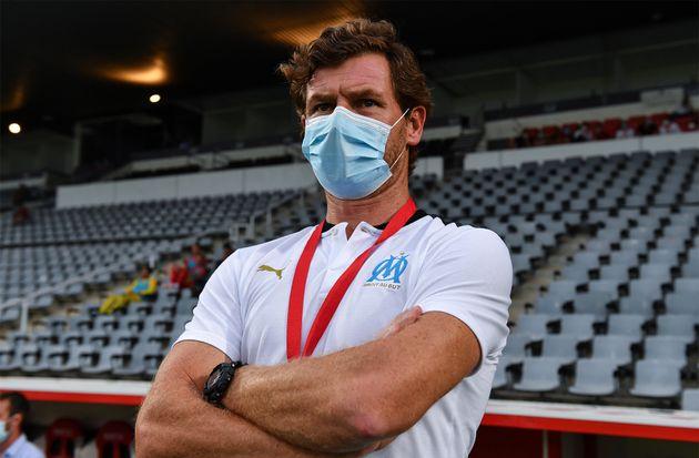 L'entraîneur de l'OM André Villas-Boas, ici lors du match amical Nîmes-Marseille,...