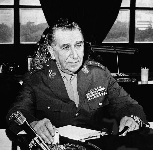 ο στρατηγός Emilio Garrastazu