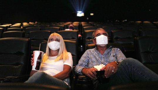 Salas de cinema na pandemia: já é a hora de