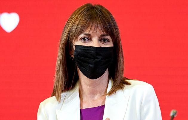 La candidata a lehendakari por el PSE, Idoia Mendia, durante un mitin en la reciente campaña electoral