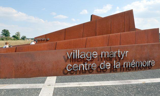 Des tags ont été inscrits sur le centre de la mémoire d'Oradour-sur-Glane, ici le 30 août