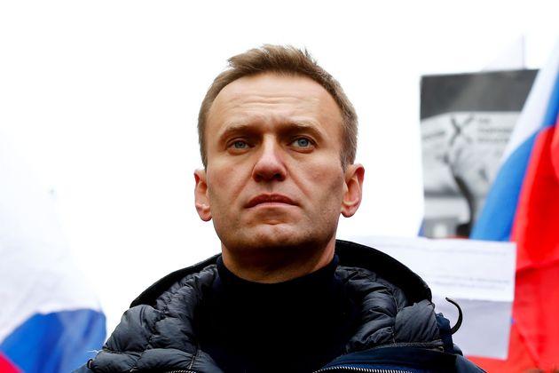 Germania mette sotto protezione Navalny. Merkel chiede alla Russia di punire i
