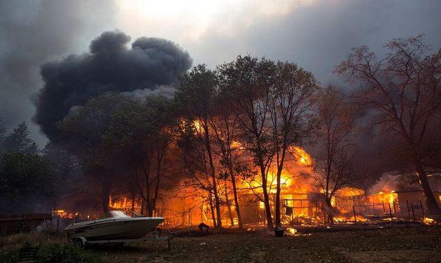 Vista del incendio en