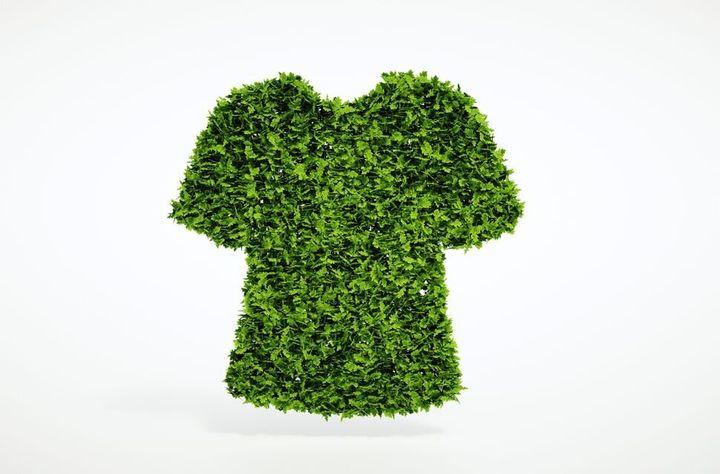 Les gens pensent rarement à la provenance des matières premières qui sont nécessaires pour fabriquer leurs vêtements et produits de beauté.