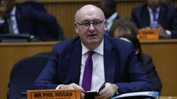 El comisario de Comercio de la UE dimite tras ir a una cena que incumplía las medidas anti